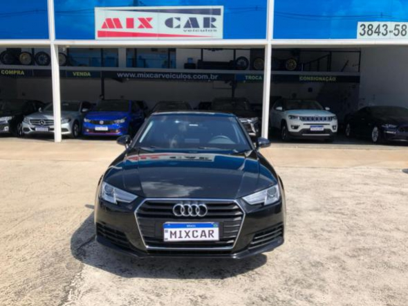 Foto A4 Attraction 2.0 TFSI 190cv S tronic